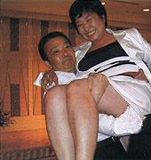 県会議員のゆさみゆきさんを持ち上げた!!