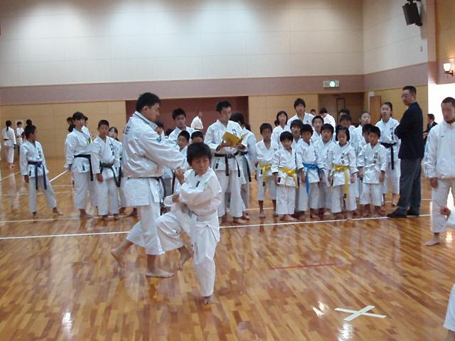 071028-karate-aoba-008.jpg