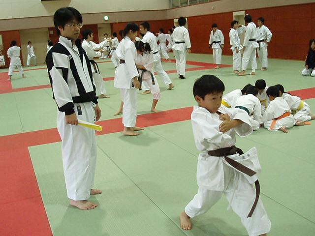 071028-karate-aoba-025.jpg