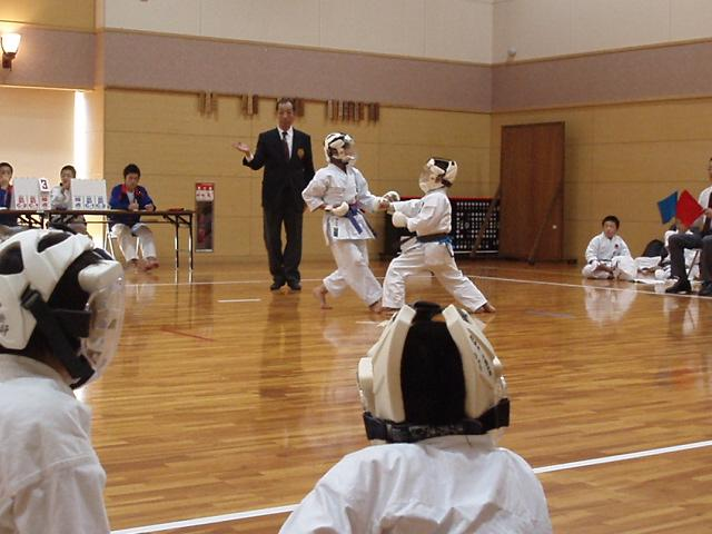 071028-karate-aoba-119.jpg
